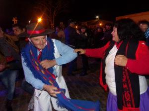 El público acompañó con baile y sapucay