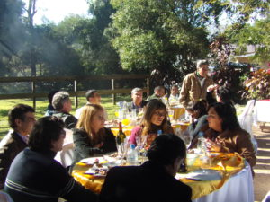 Almuerzo protocolar con la presencia de autoridades provinciales