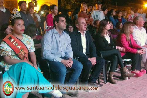 El Vicegobernador Gustavo Canteros acompañó el Festival Folclórico